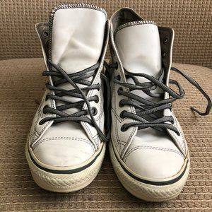 Converse Unisex White Leather High Tops.